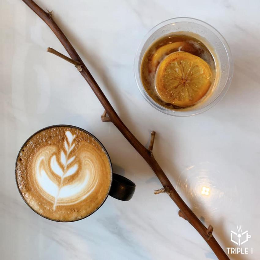 Triple i Cafe