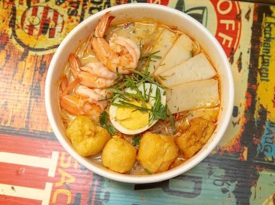 海鮮叻沙/海南雞飯/清熱三寶(雞堡海南雞)