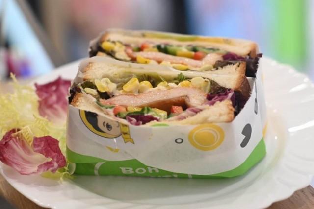 奧爾良雞肉三文治/奧爾良雞肉蛋卷/奧爾良雞翅/芝士薯條/招牌香檸茶(食貨讃)