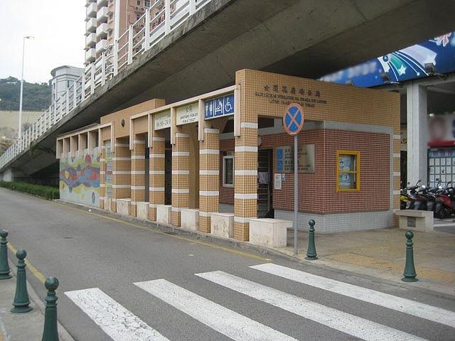 M30 金蓮花廣場公廁