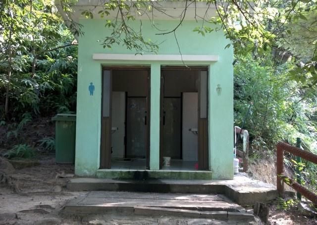 JC5 路環高頂馬路,路環步行徑公廁
