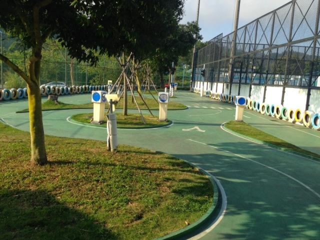 黑沙公園(公園三輪車/電動車)