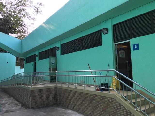 JM17 地厘古工程師馬路, 松山巿政公園公廁