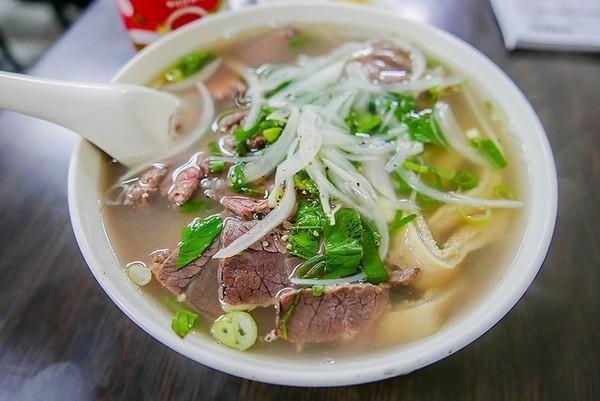 越南生熟牛肉河 (堤岸越南特色美食)