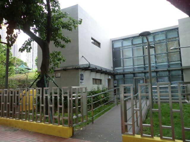 M47 望廈墳場輔助大樓公廁